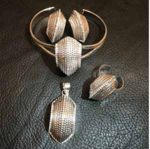 product-j06-silver-set